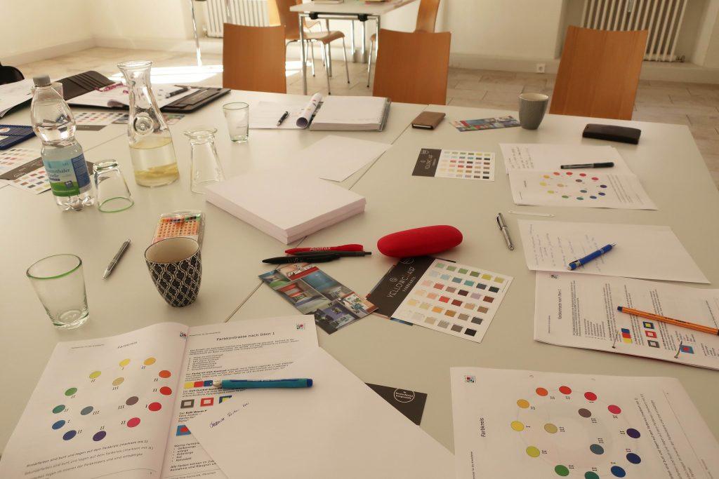 Farbgestaltung-Kreidefarbe-Workshop-Wohnen