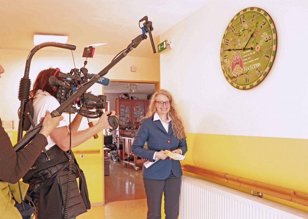 Farbe-BR-Fernsehen-Interview-Seniorenwohnen